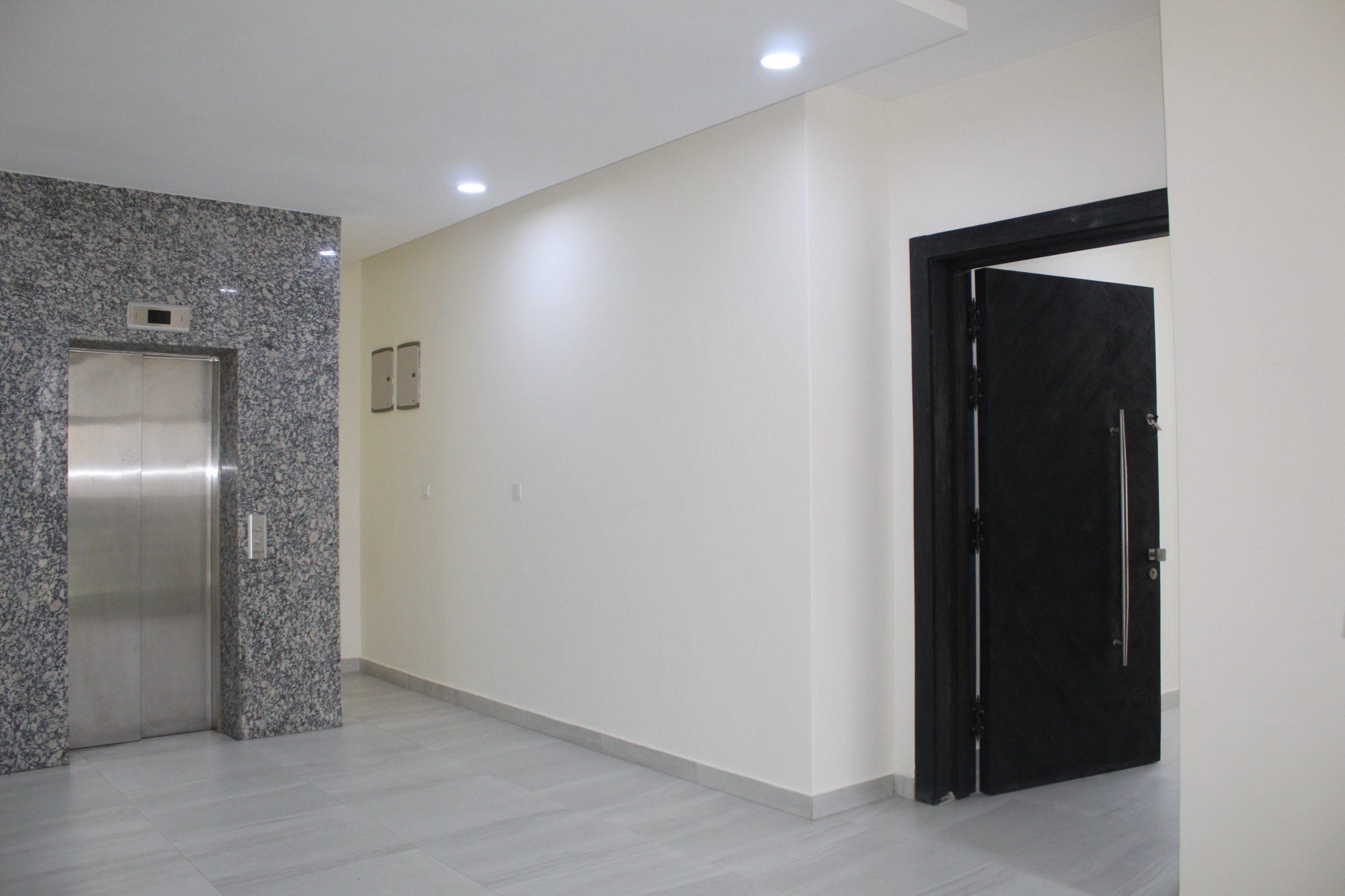 Luxury 3 bedroom flat for sale