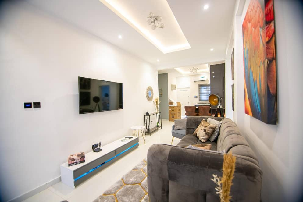 lekki apartment for sale
